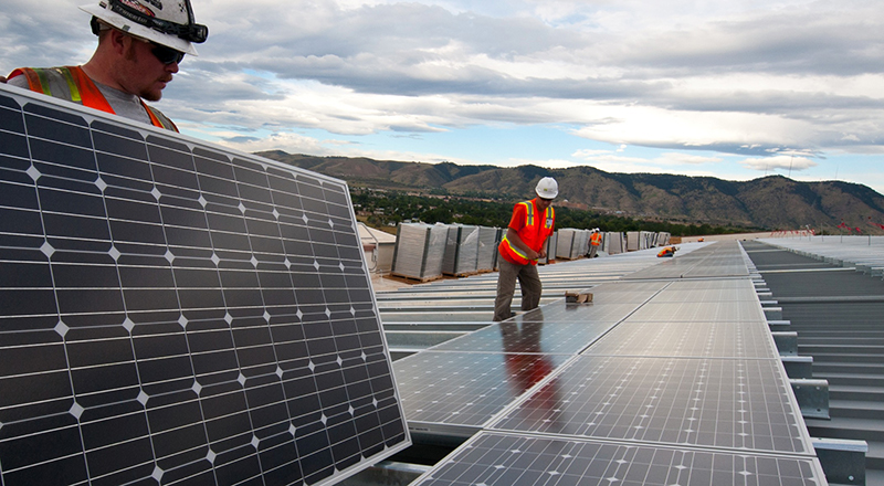 Solar panels being installed on U.S. DOE building