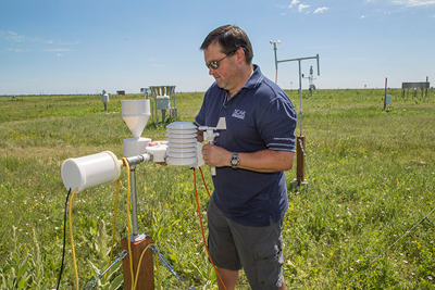 UCAR is turning to 3D printing technology to create low-cost weather stations, such as this one.