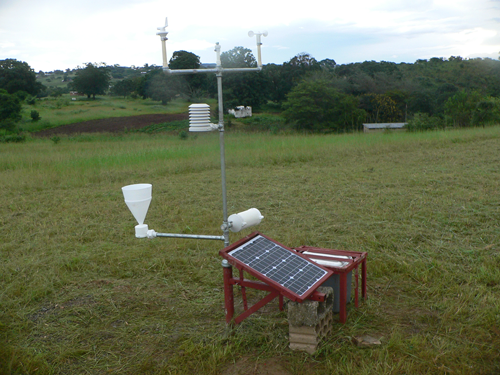 Weather station with 3D printed parts in Zambia: low-cost weather stations can help developing countries