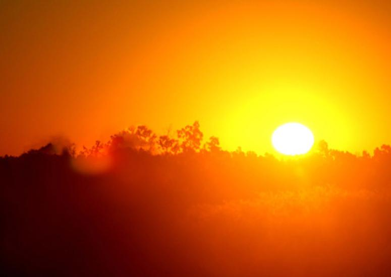 Future summers will break heat records - photo: a hot sun