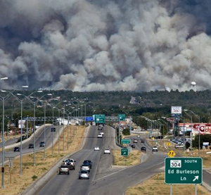 Smoke from Bastrop, Texas, wildfire as viewed from highway